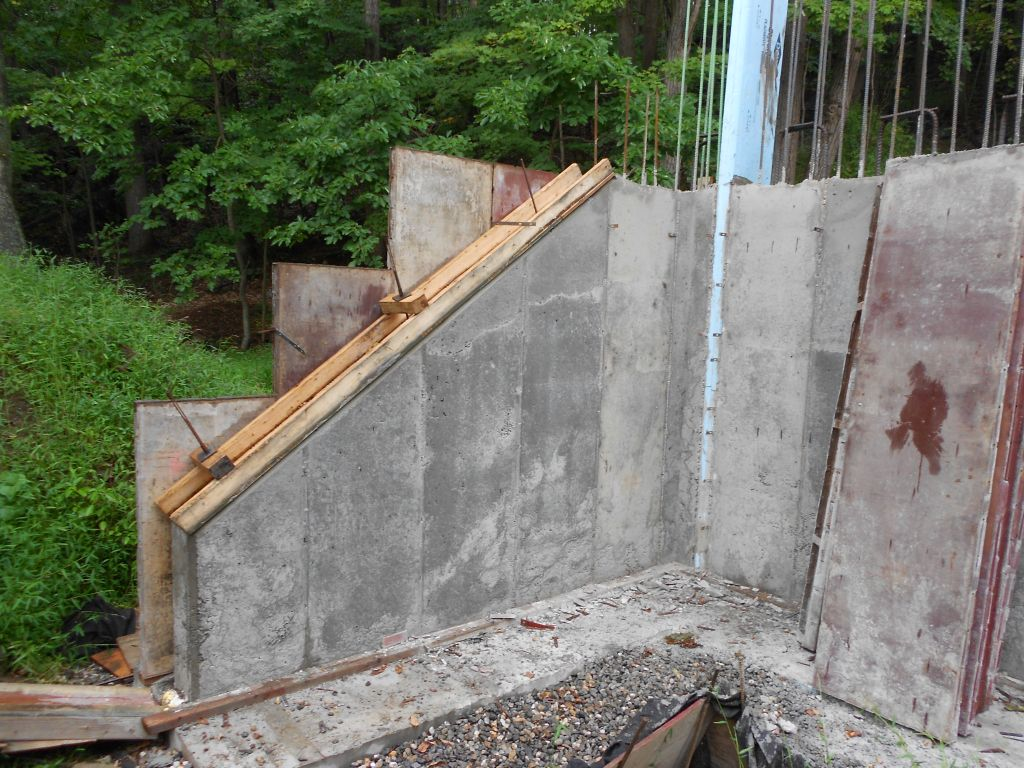 Retaining Wall Forms : Hobbit houses and the art of motorcycle maintenance my