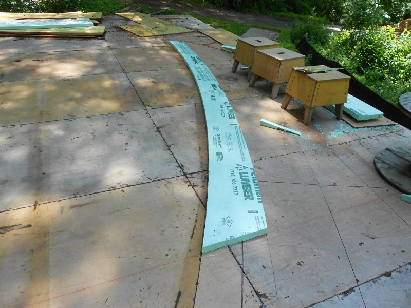 Tapering the Styrofoam for Thermal Bridge Free construction.