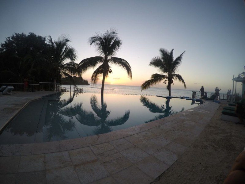 Cocobay Resort: At the sunset pool.