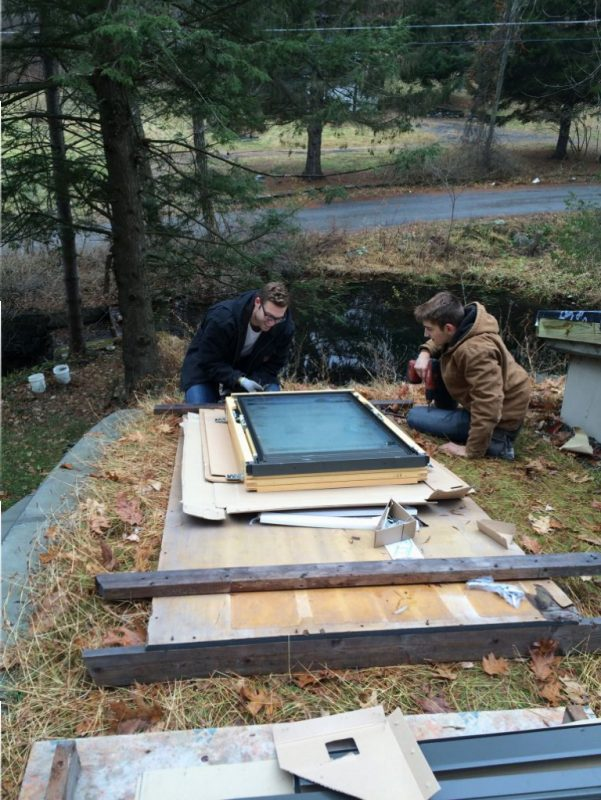 Jude and Terence prepping the skylight for installation.
